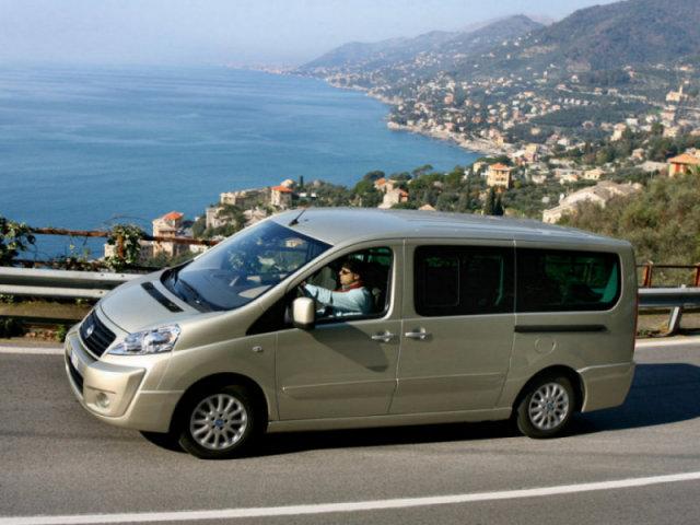 Fiat_Scudo_Minivan_20071